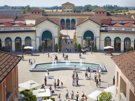 Designer outlet - Serravalle Shopping Tour